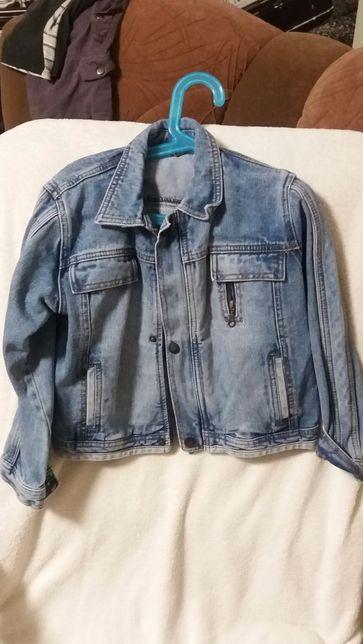 Джинсовая курточка.куртка.желет.ветровка.пиджак