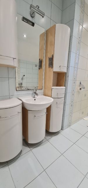 Meble łazienkowe, szafka,