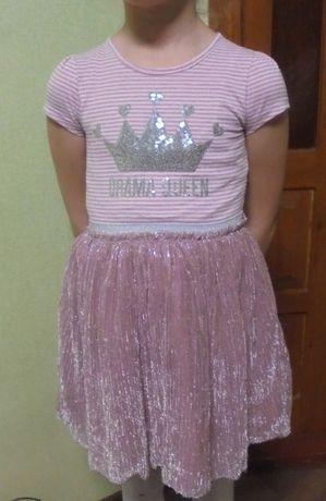Нарядное блестящее платье детское Primark с пайетками серебристое пудр