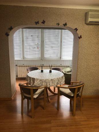 Продам 2 комнатную квартиру в центре Нагорного района
