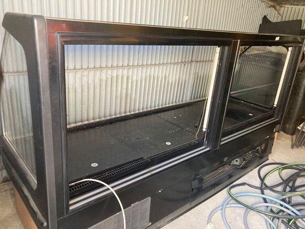Lada chłodnicza 610x460x1715
