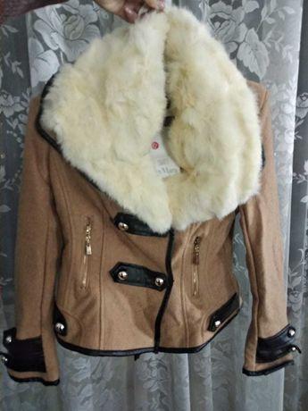 Max mara пальто демисезонные, шуба, куртка, парка, с подкладкой 44