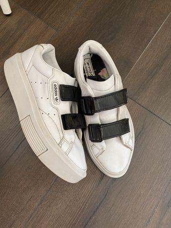 Кросовки adidas 36,5