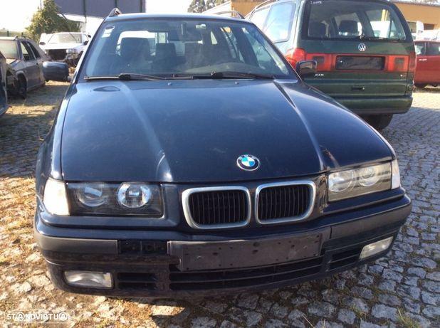 BMW 318tds touring às peças