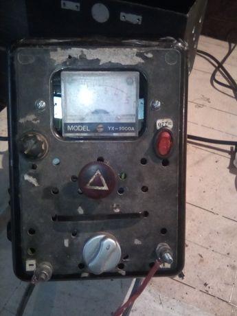 Зарядное для аккумуляторов.