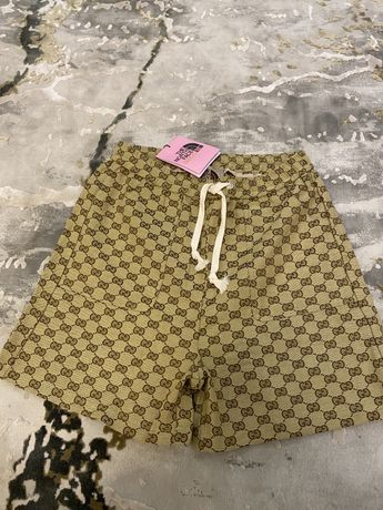 Шорты, штаны, шорти,джинсы Gucci The North Face, off white