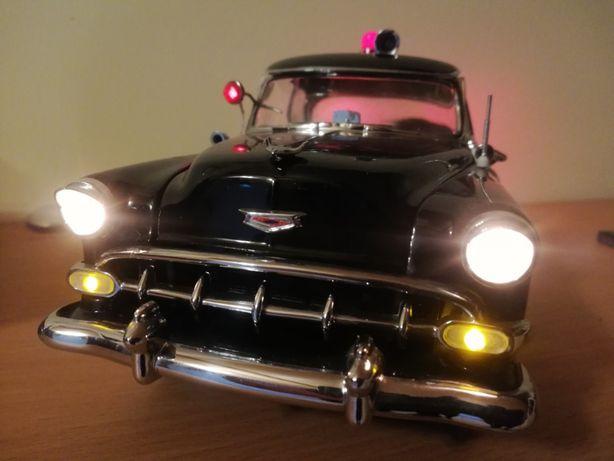 Chevrolet Bel Air police 1954 Sun Star skala 1:18