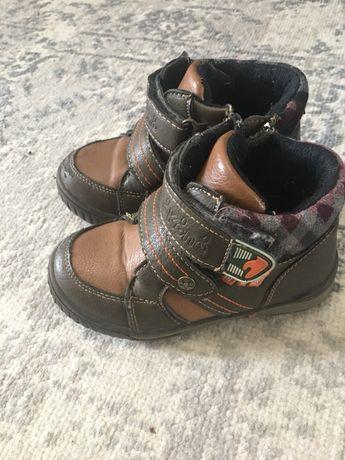 Кожаные ботинки для мальчика р 25