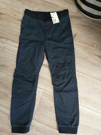 Новые брюки h&m на мальчика 7-8 лет на резинке