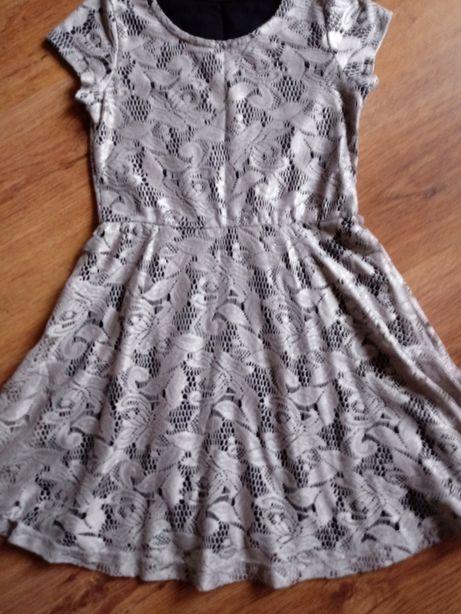 Sukienka koronkowa 122-128