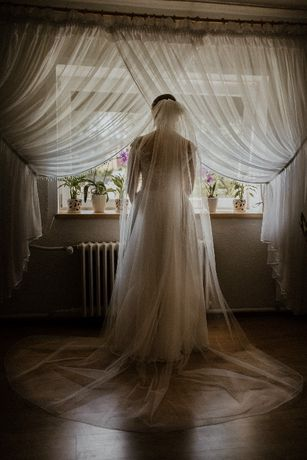 Suknia Ślubna stan idealny ! 176cm / rozmiar 38-40