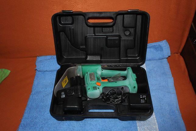 Akumulatorowe nożyce do trawy i żywopłotu FLO T79465