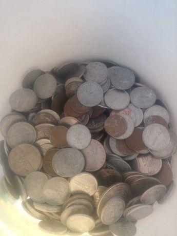Sprzedam stare monety i banknoty