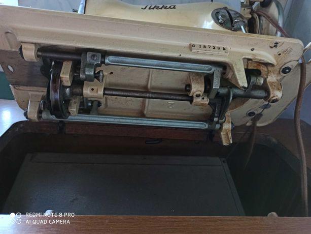 Швейна машинка Tikka