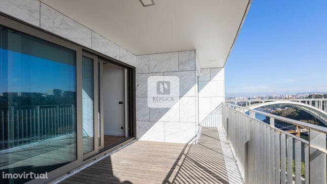Apartamento T3 com Vistas Rio e Mar no Porto