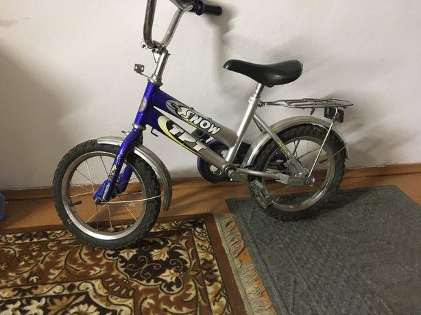 Велосипед б/в для малечі