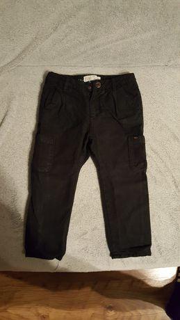Spodnie chłopięce ocieplane.