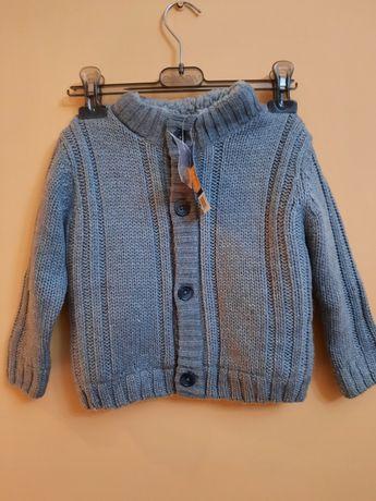 Нова тепла кофта-куртка на весну на 12-24 місяці