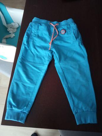 Spodnie chłopięce Coccodrillo rozmiar 110