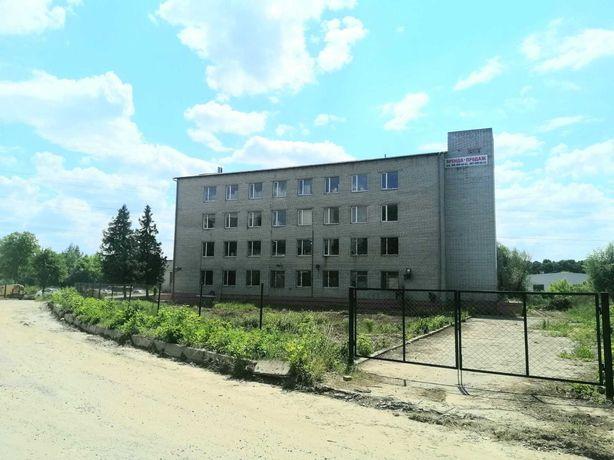 Комерційна нерухомість у Мурованому 2260 кв.м, Від власника,143 $ кв.м