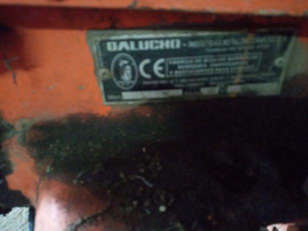 Charrua marca Galucho e câmera frigorífica
