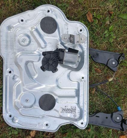 Моторчик Стеклоподъемник электр. передней правой двери Nissan Qashqai
