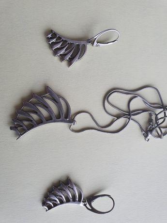 Srebrny komplet kolczyki plus łańcuszek z zawieszką