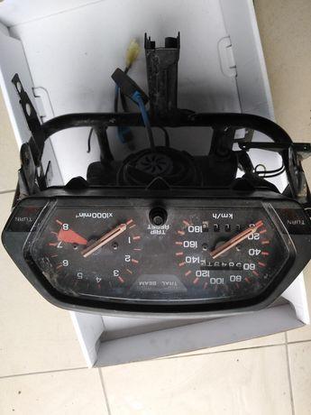 Honda dominator 650 zegary