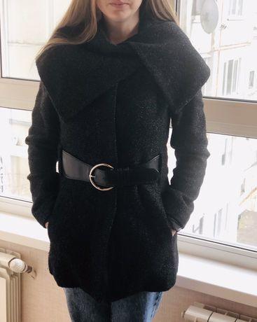 Пальто демисезонное. Размер S