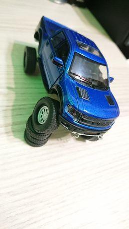 Машинка FORD RAPTOR SVT Monster Truck 1:46