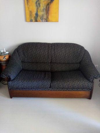 Sofá de 2 lugares c/ cama, em madeira maciça