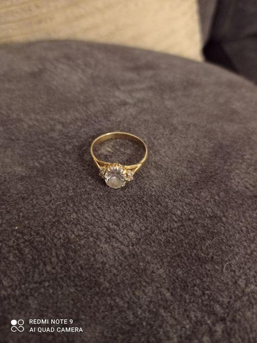 Sprzedam pierścionek zaręczynowy próba 585 Osiek Nad Wisłą - image 1