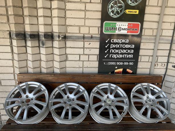 99 Оригинальные литые диски 4/100 R17 Suzuki