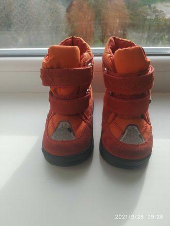 Термо ботиночки на девочку .