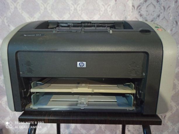 Лазерный принтер НР1012