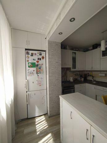 Двухуровневая квартира с шикарным ремонтом возле центрального парка!