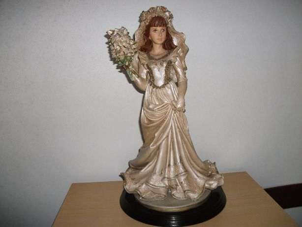 Estatueta Noiva em Marfinite