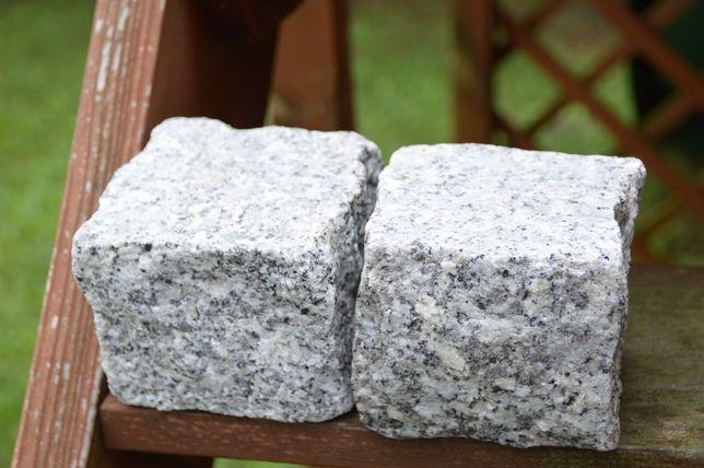 Granitowa kostka 6x4cm