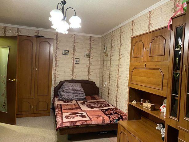 Продается 1-комнатная квартира в центре площадь Мира