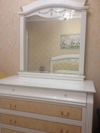 шикарный комод с зеркалом