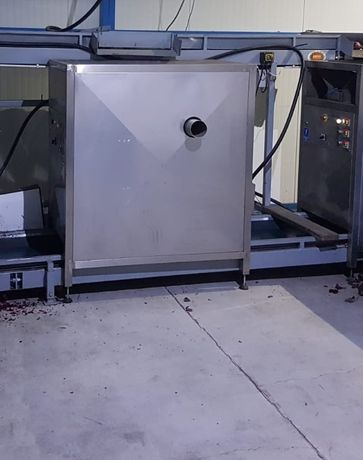 Maszyna do obierania cebuli + kompresor śrubowy 11 KW Zestaw