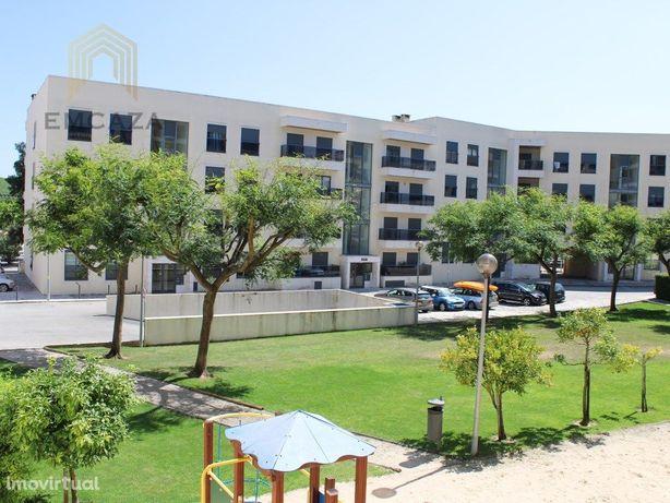 Apartamento T3 inserido em Urbanização a poucos minutos d...