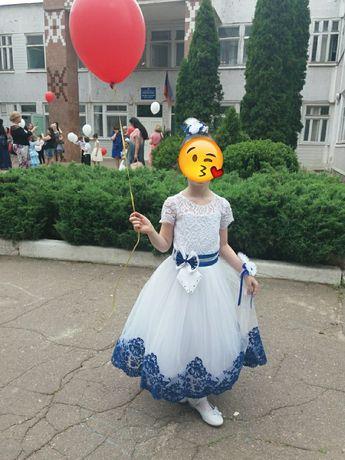 Шикарное платье на выпускной. Возможен прокат