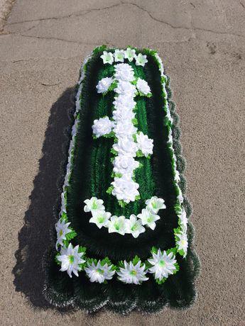 Каркас надгробный, надгробье из ерша и хвои. Венки поминальные, цветы