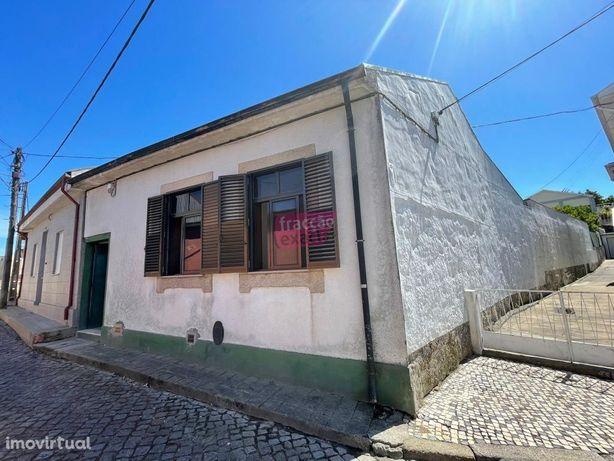 Casa Térrea T2 + anexos + terreno Ermesinde