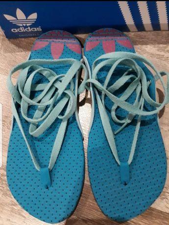 Летняя обувь.Шлепки.Вьетнамки Adidas.