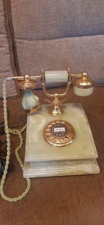 Телефон антикварный из оникса