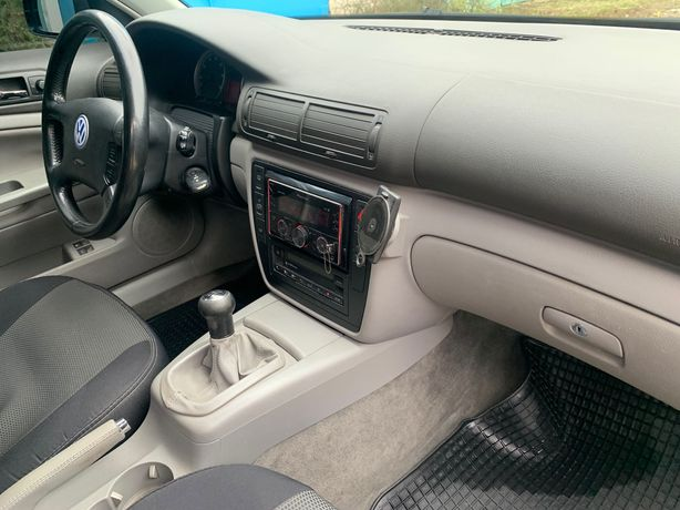 Продам  Volkswagen Passat 2002