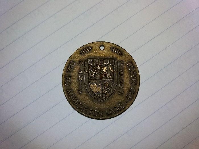 Medalha comemorativa 1977 dia do agricultor livre.Rio Maior