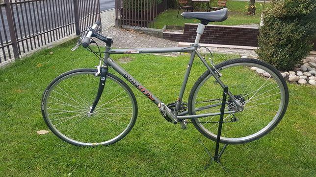 Rower crossowy Wheeler - nowa rama/przegląd